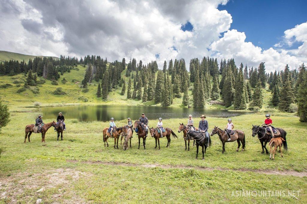 Kol-Tor Lake Horseriding