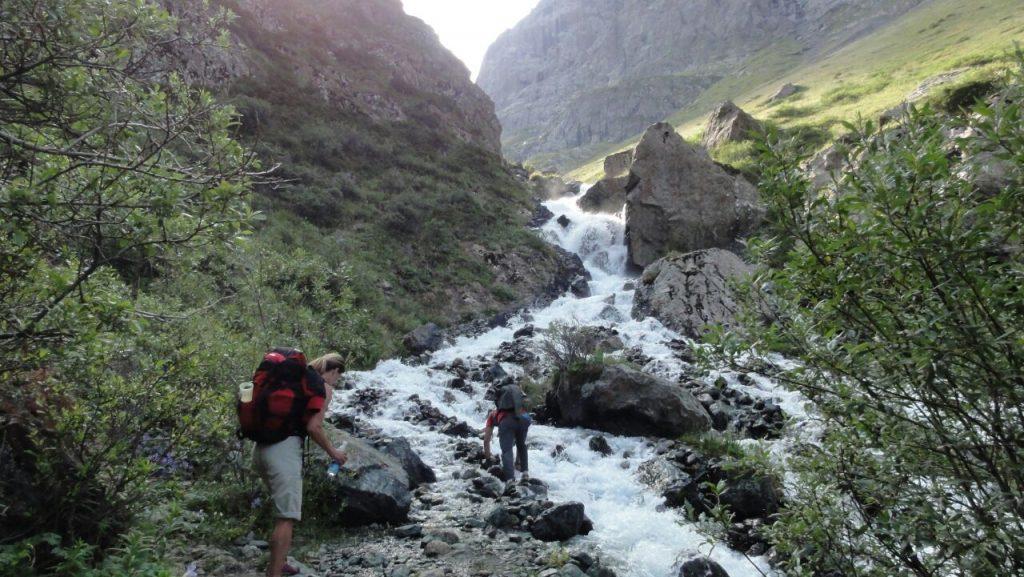 trekking tour in tian shan